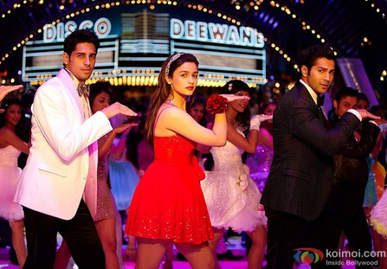 Sidharth Malhotra, Alia Bhatt and Varun Dhawan dancing to the tunes of Disco Deewaane in Student Of The Year Movie Stills