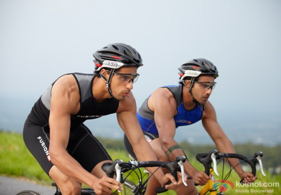 Sidharth Malhotra and Varun Dhawan racing each other in Student of the Year Movie Stills