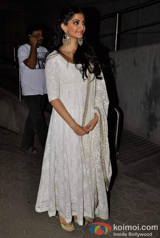 Sonam Kapoor At Shirin Farhad Ki Toh Nikal Padi Movie Special Screening At Cinemax