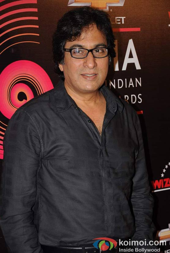 Talat Aziz At Global Indian Music (GIMA) Awards 2012 Red Carpet