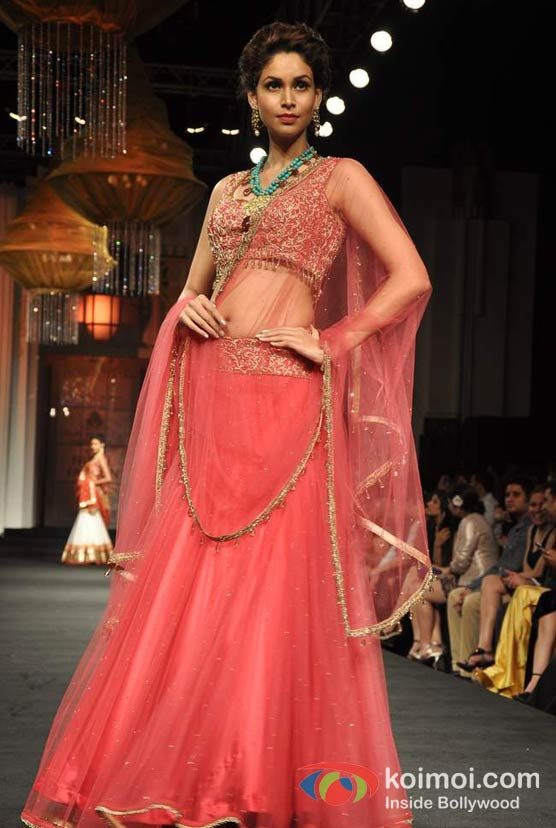 Amruta Patki Walks The Ramp For Aamby Valley India Bridal Fashion Week 2012 Day 2