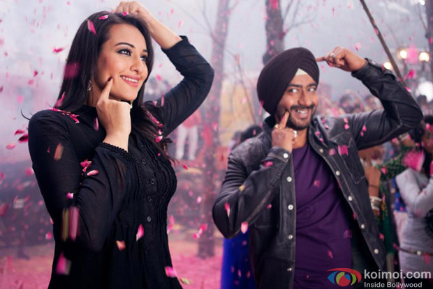 Ajay Devgan, Sonakshi Sinha in Raja Rani Song in Son Of Sardaar (Son Of Sardar) Movie Stills