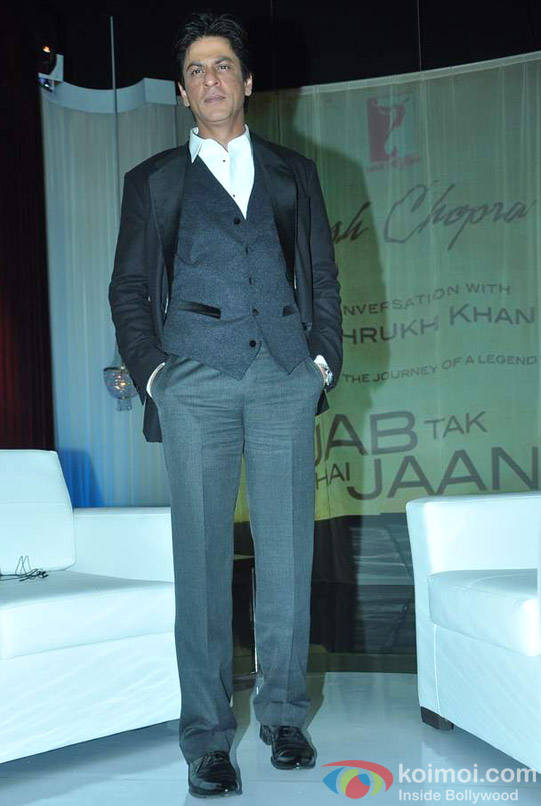 Shah Rukh Khan At Yash Chopra's Birthday Pic 7