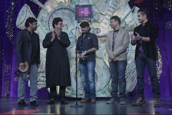 A. R. Rahmna and Mohit Chauhan amongst others at the Gima Awards