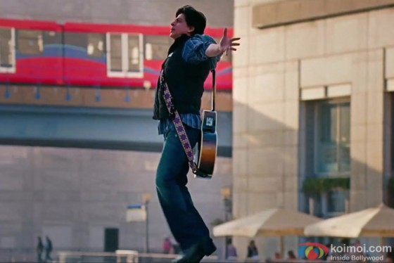 Shah Rukh Khan in Challa Song in Jab Tak Hai Jaan Movie Stills