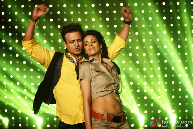 Kismet (Kismat) Love Paisa Dilli Review (Kismet (Kismat) Love Paisa Dilli Movie Stills)