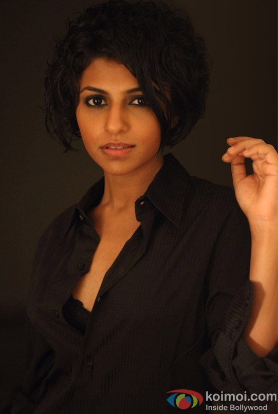 Manasi Rachh sexy in a Black Shirt