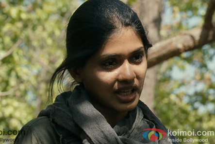 Anjali Patil in a still from Chakravyuh Movie