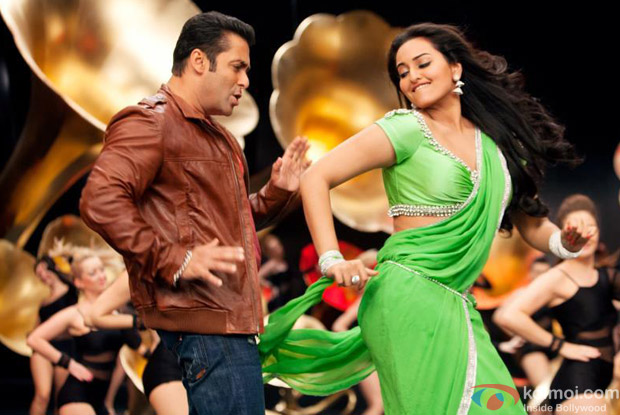 Salman Khan and Sonakshi Sinha in Po Po Official Full Video Song in Son Of Sardaar (Son Of Sardar) Movie Stills