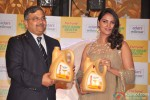 Lara Dutta launches Fortune Rice Bran Health oil Pic 6