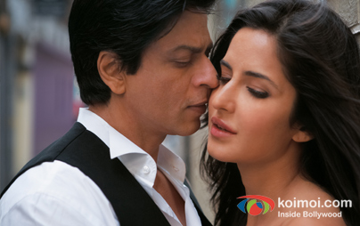 Shah Rukh Khan And Katrina Kaif In Jab Tak Hai Jaan Kiss Smooch