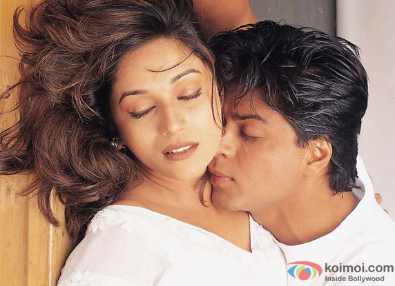 Shah Rukh Khan and Madhuri Dixit in a still from Dil To Pagal Hai Movie
