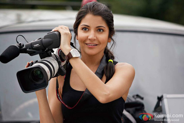 Anushka Sharma in a still from Jab Tak Hai Jaan Movie