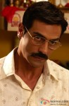 Arjun Rampal gives a tough look here in Ajab Gazabb Love Movie