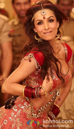 Malaika Arora Khan in a still from Pandey Jee Seeti Song From Dabangg 2