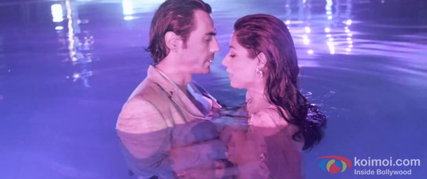 Arjun Rampal and Chitrangda Singh in a still from Inkaar Movie
