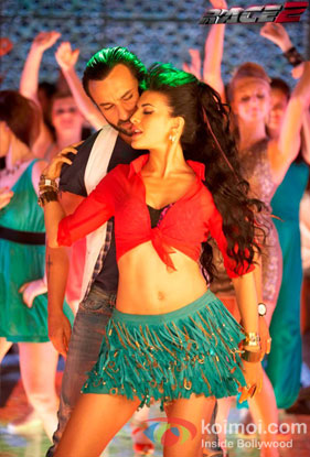 Saif Ali Khan and Jacqueline Fernandez in Lat Lag Gayee Song in Race 2 Movie Stills