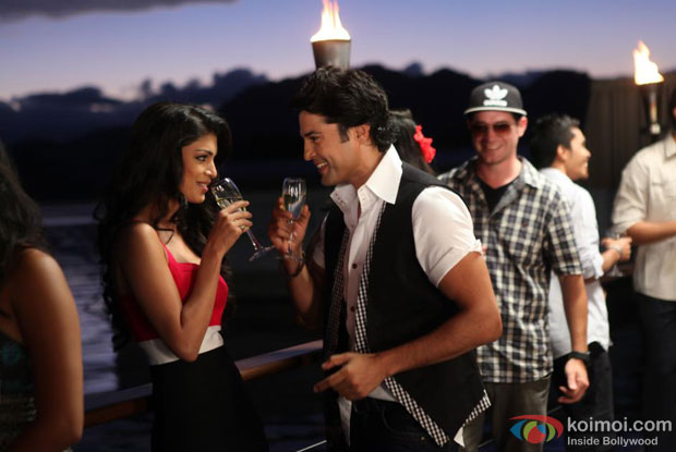 Rajeev Khandelwal and Tena Desae in Mann Mera Song in Table No.21 Movie Stills