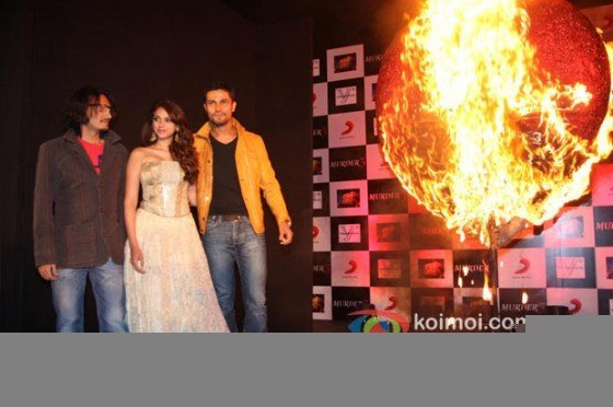 Aditi Rao Hydari And Randeep Hooda at the film Murder 3 first look launch Pic 2
