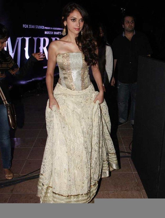 Aditi Rao Hydari at the film Murder 3 first look launch Pic 2
