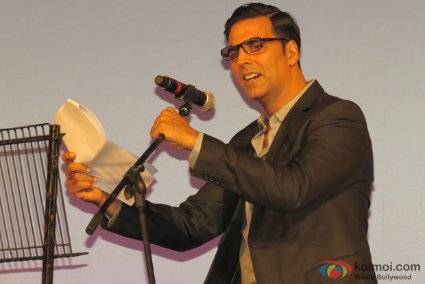 Akshay Kumar sung a song at Special Chabbis (26) Movie Music Launch