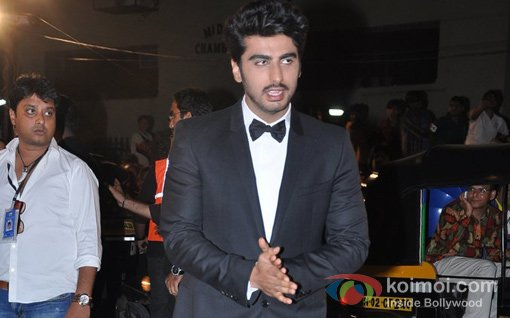 Arjun Kapoor At Walk The Red Carpet Of Filmfare Awards 2013