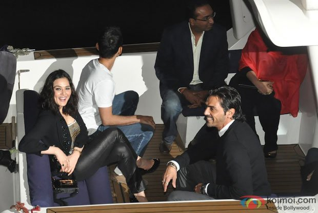 Preity Zinta and Arjun Rampal at Hrithik Roshan's Birthday Bash