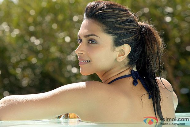 Deepika Padukone in a still from Cocktail Movie