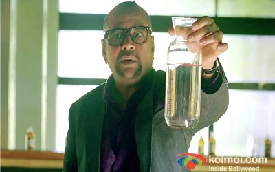 Paresh Rawal In Table No. 21 Movie Stills