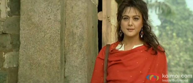 Preity Zinta in a still from Lakshya Movie