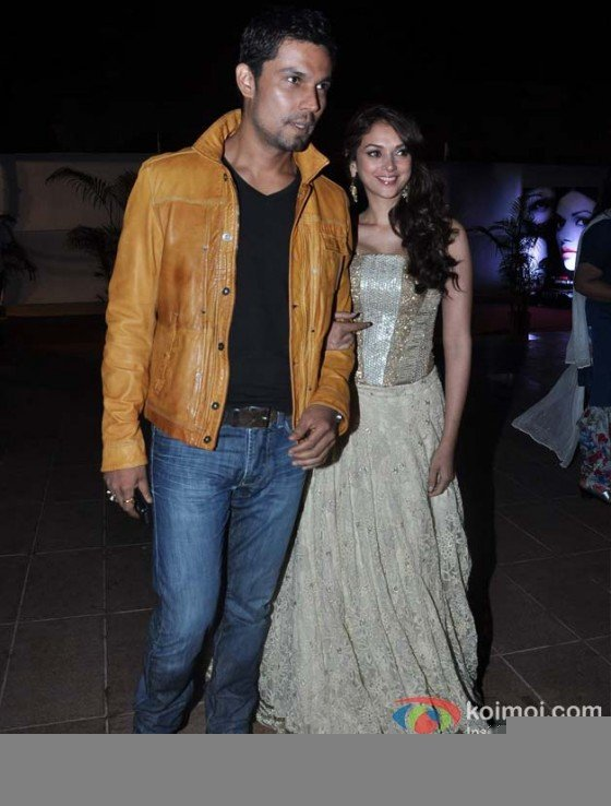 Randeep Hooda and Aditi Rao Hydari at the film Murder 3 first look launch Pic 2