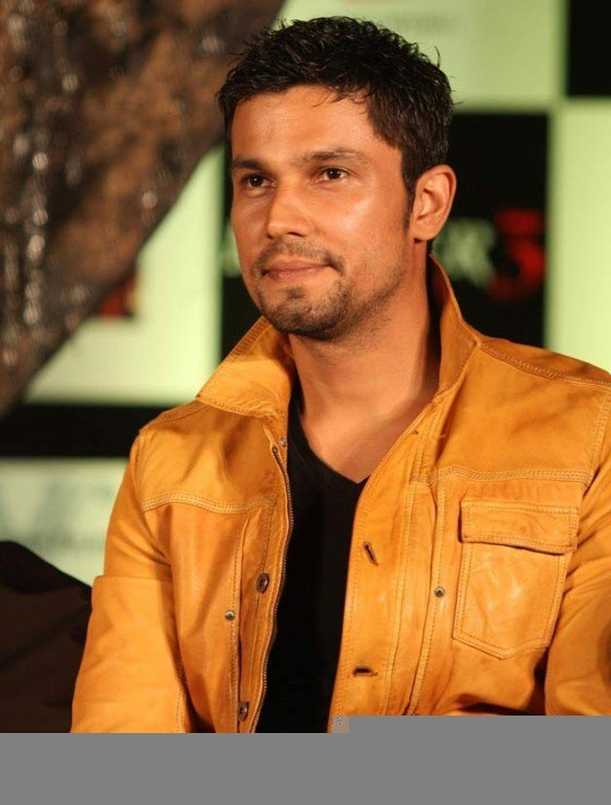 Randeep Hooda at the film Murder 3 first look launch Pic 2