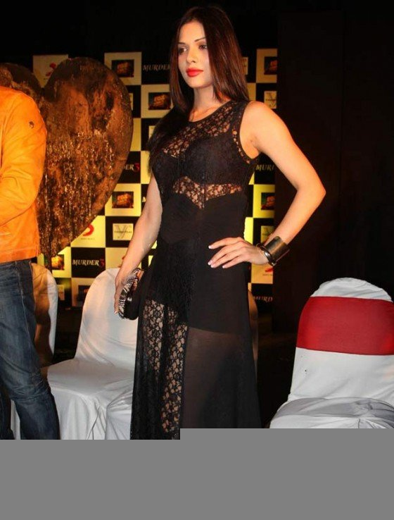 Sara Loren at the film Murder 3 first look launch Pic 2