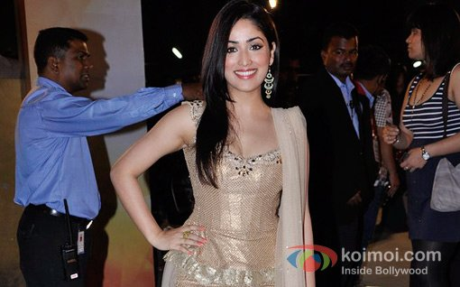 Yami Gautam At Walk The Red Carpet Of Filmfare Awards 2013