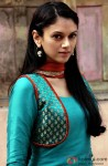 Aditi Rao Hydari looks fabulous in ethnic wear