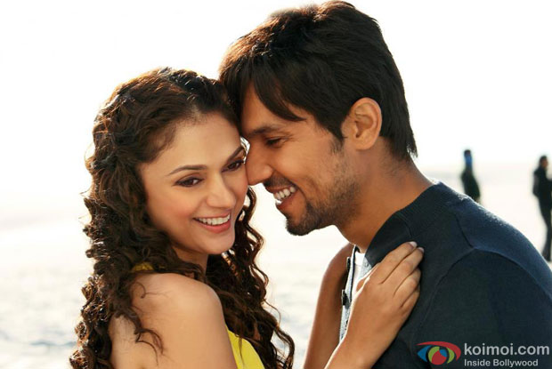 Aditi Rao Hydari and Randeep Hooda in a still from Murder 3 Movie