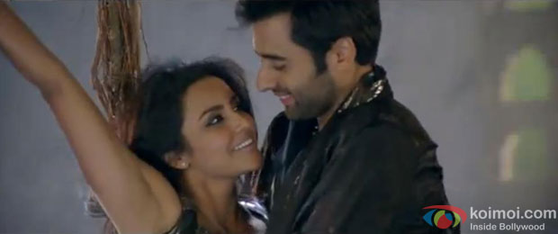 Priya Anand and Jackky Bhagnani in Dil Ko Aaya Sukoon Song in Rangrezz Movie Stills