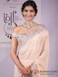 "Sonam Kapoor at the ""India International Jewellery Week"" Pic 2"