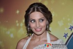 Bipasha Basu promote'Aatma' Movie on the sets of 'Nach Baliye 5' Pic 2