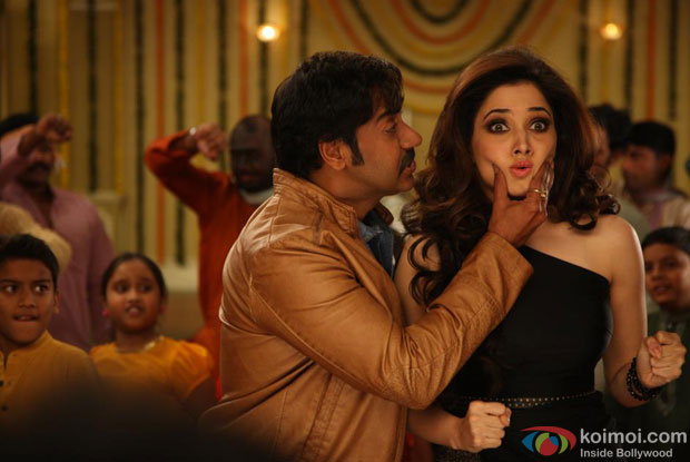 Ajay Devgn and Tamannaah in Bum Pe Laat Song in Himmatwala Movie Stills
