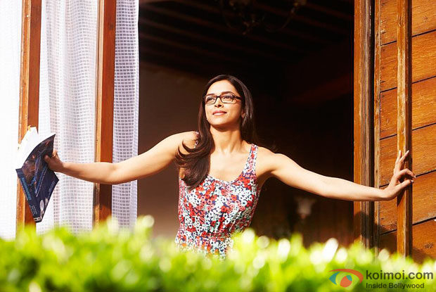 Deepika Padukone in a still from Yeh Jawaani Hai Deewani Movie