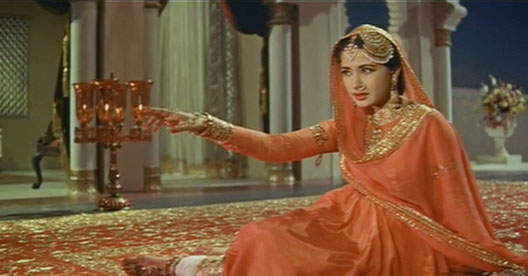 Meena Kumari in a still from Pakeezah Movie