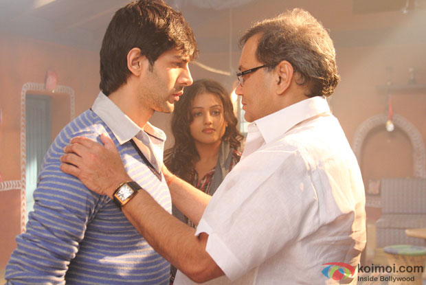 Kartik Tiwari, Indrani Chakraborty (Mishti) and Subhash Ghai On The Sets Of Kaanchi Movie