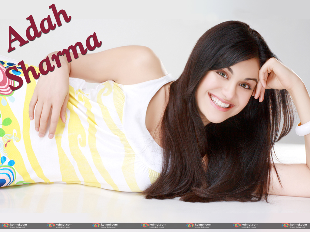 Adah Sharma Wallpaper 2