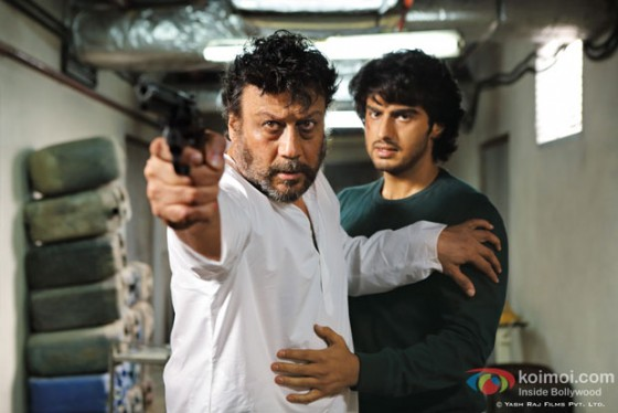 Jackie Shroff and Arjun Kapoor in Aurangzeb Movie Stills