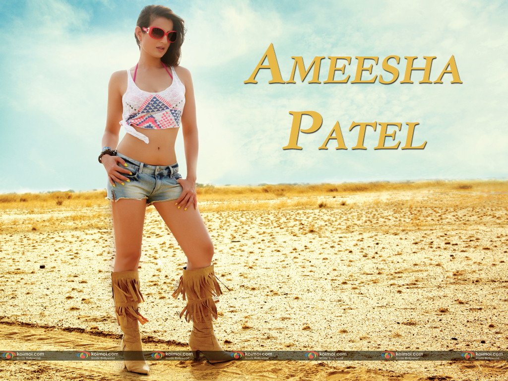Ameesha Patel Wallpaper 4