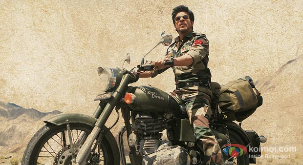 Shah Rukh Khan in Jab Tak Hai Jaan Movie Stills