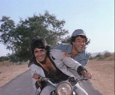 Amitabh Bachchan And Dharmendra in Sholay Movie Stills