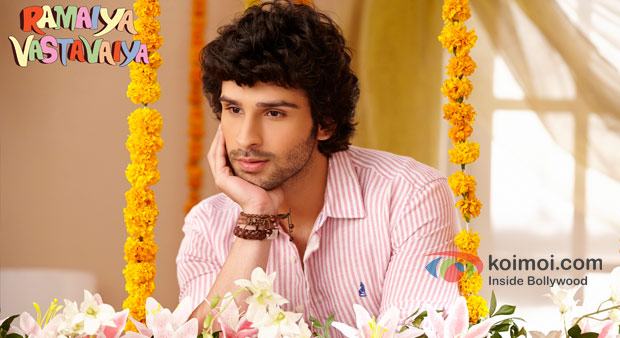 Girish Kumar in Ramaiya Vastavaiya Movie Stills