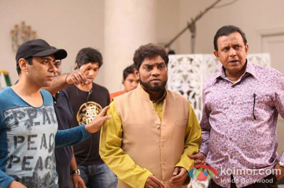 Johnny Lever And Mithun Chakraborty On the sets of It's Entertainment